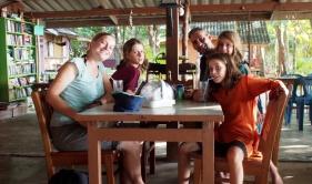 Having shakes at Chang Tong Resortcafe