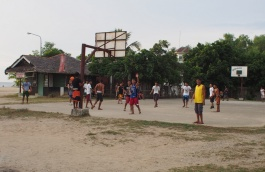 Basketball seems to be a national obsession (along with cockfighting)